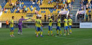 La Ploieşti, în 16-imi de Cupa României la fotbal, Petrolul-CS Mioveni 0-1 la pauză