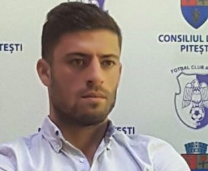 FC Argeş a terminat meciul fără căpitanul Costin, eliminat