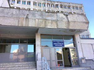 Spitalul Judeţean, ca un cadavru viu!