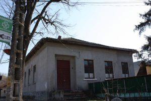 În Argeş, 80 de cămine culturale au lacăte pe uşi!