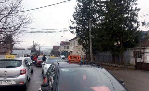 Examenul auto, dat peste cap de restricţii