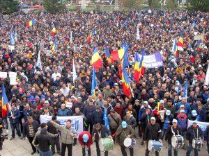 Conducerea Dacia se delimitează de proteste