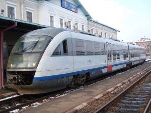 Trenuri suplimentare către Curtea de Argeş