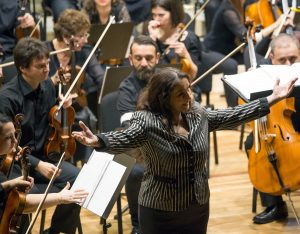 Daniela Vlădescu, pe scenă la Piteşti