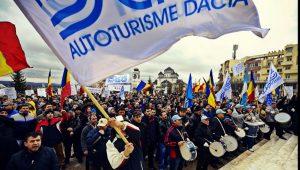 Dacia - protest la Guvern