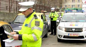 Poliţişti locali pe străzile Piteştiului