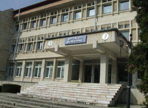 Medici noi la Spitalul Curtea de Argeş