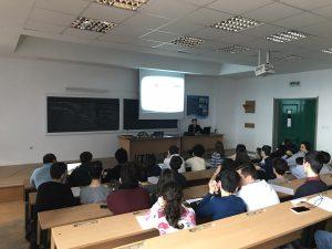 Concurs de robotică pentru elevi, la Universitatea Piteşti