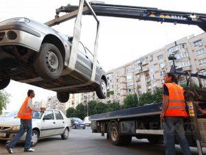 Din primăvară vor fi ridicate maşinile parcate aiurea