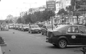 Cu ce firmă de taxi mergem la Piteşti?