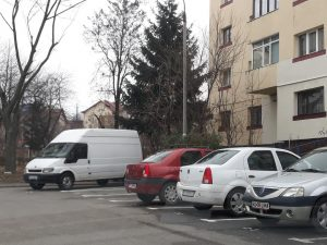 Locurile de parcare din Piteşti, problemă spinoasă
