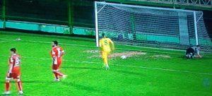 Mare minune mare: jucătorii de la CS Mioveni s-au apucat de fotbal