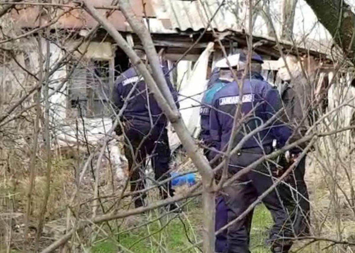 Cadavru mumificat găsit într-o casă din Moşoaia