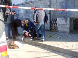 ULTIMA ORĂ - Moarte suspectă în cartierul Teilor