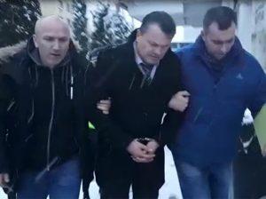 Trimis în arest pentru lipsire de libertate