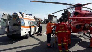 Copil trimis cu elicopterul la Bucureşti