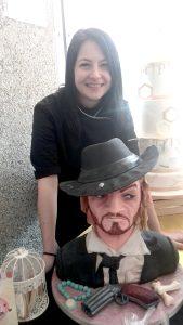 O tânără din Piteşti l-a sculptat pe Mărgelatu în pastă de zahăr