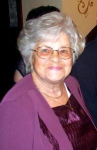 La 1 aprilie, o profesoară cu mintea brici împlineşte 90 de ani