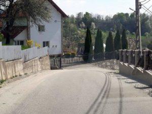 Majoritatea drumurilor comunale sunt asfaltate