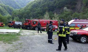 Traficul pe Transfăgărăşan, blocat în apropiere de cetatea Poenari, din cauza unui nou incendiu