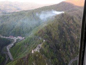 Vedere a incendiului, din elicopter