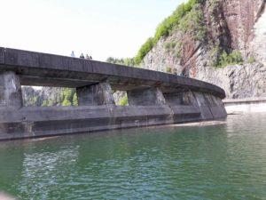 Barajul Vidraru este aproape plin