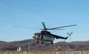 Fiţe de fiţe la întâlnirea cu Dumnezeu: cu elicopterul la schit!
