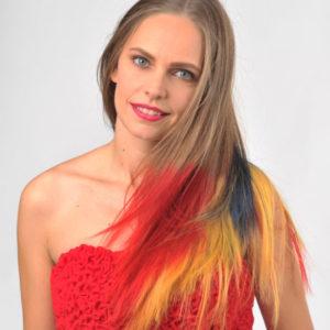 Muzica zilelor noastre:  O blondă la pult