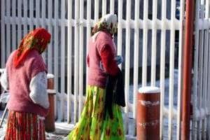 Două pirande au furat cu sacul dintr-un magazin din cartierul Prundu din Piteşti