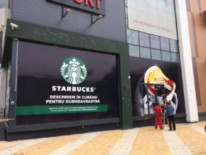 Starbucks Pitești, un pas până la deschidere