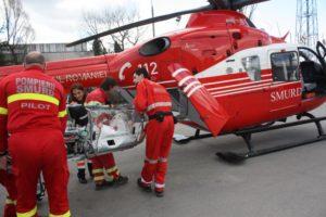 Nou-născut luat cu elicopterul de la Piteşti