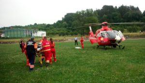 Un elicopter a venit la Rucăr, să preia un bătrân ce făcuse infarct