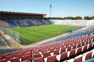 Argeşeanul Erbaşu demolează stadionul