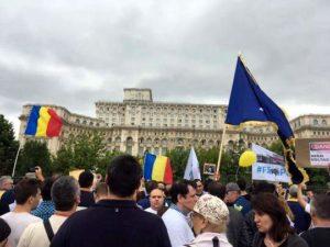 Protestatarii, cel puţin, n-au maltratat nici bunul simţ, nici limba română