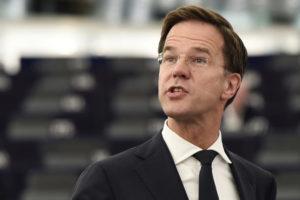 De ce nu ne vrea Olanda în Schengen sau de ce corupţia altora e bună, dar a noastră nu