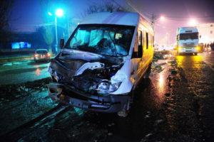 Răniţi în maxi-taxi