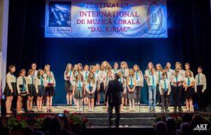 Muzica zilelor noastre:  Coruri în festival