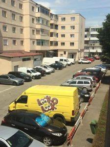 Piteştenii reacţionează! Dubiţele parcate neregulamentar fac legea în oraş