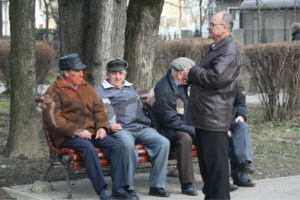 Cifre dureroase: la 140.000 de angajaţi, Argeşul are 170.000 de pensionari