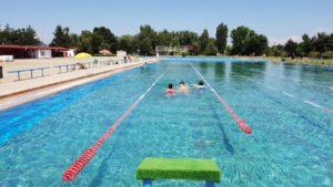 Ştrandul de la Bazinul Olimpic, condiţii excelente pentru plajă şi înot